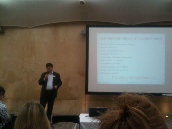 Guilain Denisselle intervient à la conference sur le web marketing hotelier