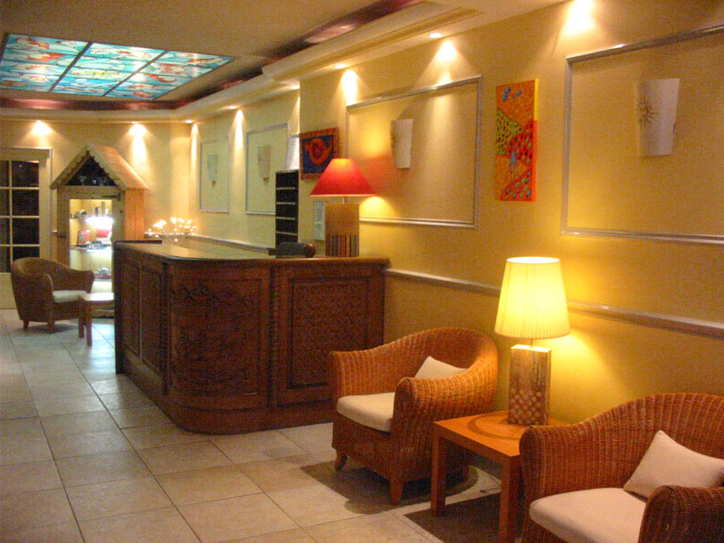 Hotel Kyriad Plaisir St Quentin