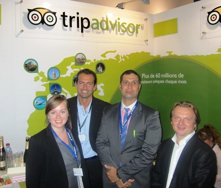 Massimiliano Gallo (à droite) avec l'équipe TripAdvisor. Photo DR-Lac